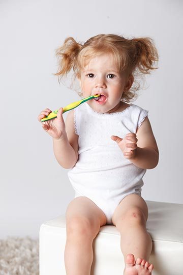 Tips for Brushing Baby & Toddler Teeth
